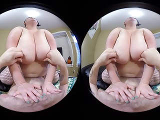 Sunny Daze Cums While Riding Your Cock