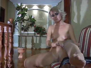 Abel in great pantyhose video