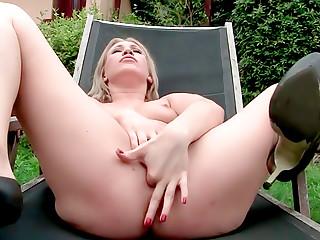 Watch Me Bitch - Lindsey Olsen