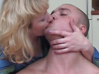 Emilia and Nicholas horny mom in action
