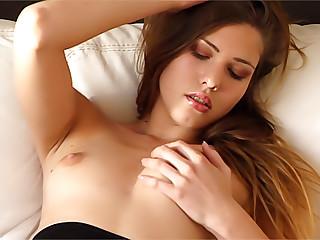 Erotic video. Mollis II