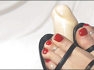 strap sandals sexy feet