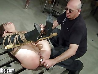 Master loves to hear counting especially from his slave