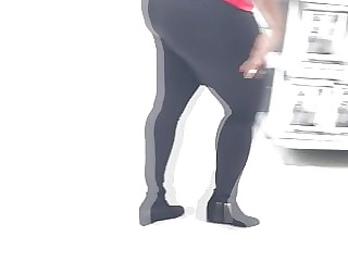 Phat Ass in tights (1)